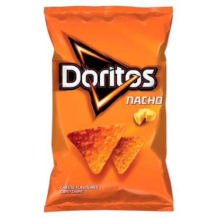 DORITOS Nacho Chipsy kukurydziane o smaku serowym (1)
