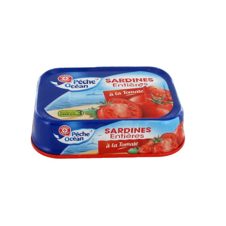 WIODĄCA MARKA Sardynki w sosie pomidorowym (1)